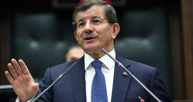 Başbakan Davutoğlu canlı bomba saldırısı sonrası konuştu