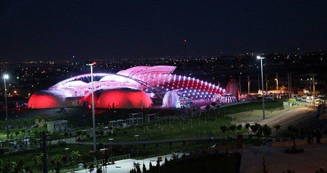 Başbakan Davutoğlu Konya Tropikal Kelebek Bahçesini Açacak
