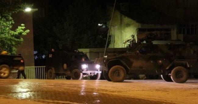 Diyarbakır'da polise bombalı saldırı: 7 yaralı!