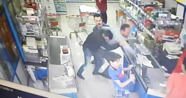 Hırsızlık Şüphelisine Market Çalışanlarından Şok
