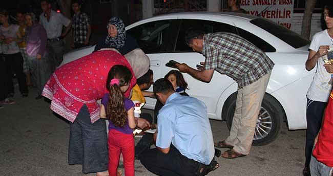 Karaman'da motosiklet yayaya çarptı: 3 yaralı