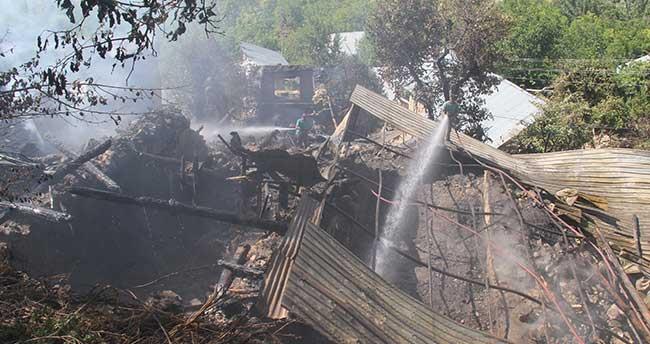 Karaman'da yangın faciasi: 2 kardeş öldü