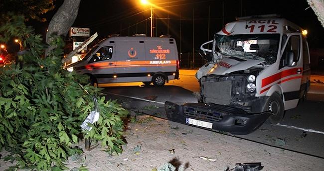 Konya'da Ambulans Kaza Yaptı