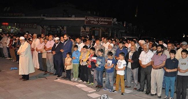 Konya'da Doğu Türkistan'da Müslümanlara yönelik saldırılara protesto