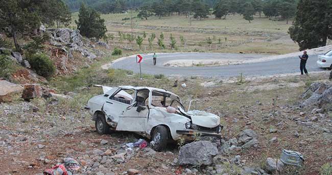Konya'da Otomobil Uçuruma Yuvarlandı: 1 Ölü
