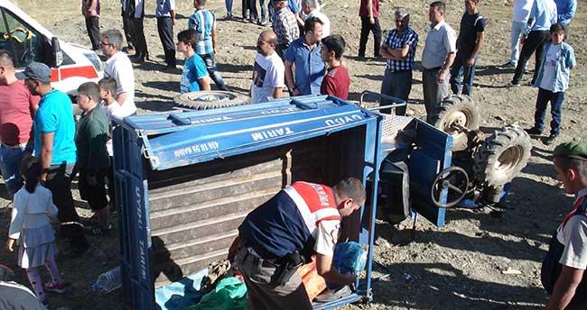 Konya'da tarım aracı devrildi: 1 ölü, 16 yaralı
