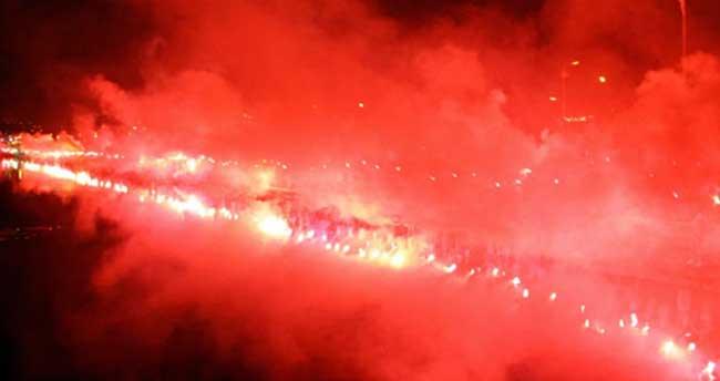 Samsun'da gece meşalelerle aydınlandı!