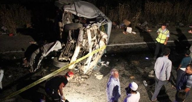 Şanlıurfa'da trafik kazası: 5 ölü,2 yaralı