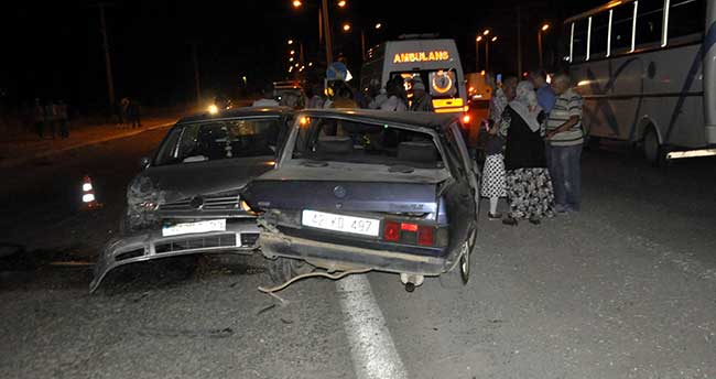 Seydişehir'de İki Otomobil Çarpıştı: 1 yaralı