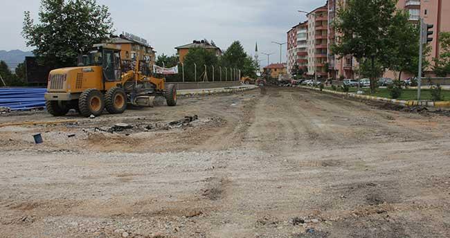 Seydişehir'de yol ve kaldırım yenileme çalışmaları başladı
