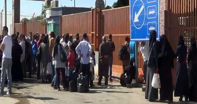 Sınırda Suriyelilerin dönüş yoğunluğu!
