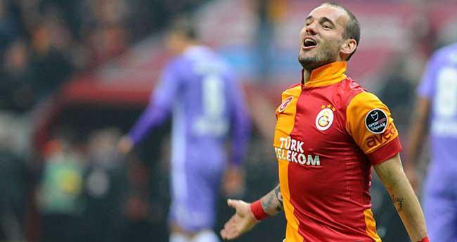 Sneijder, basın mensuplarına öfke kustu