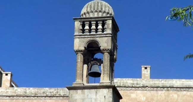 Tarihi kiliseyi satıp cami yaptıracak