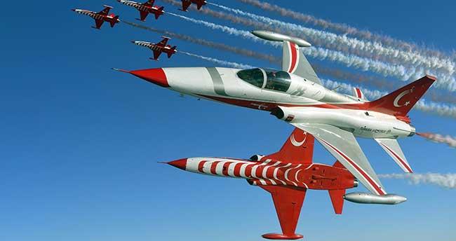 Türk Yıldızları 23 Ağustos'ta Akşehir'de gösteri yapacak