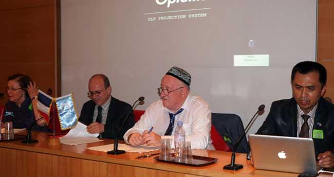 Uygur halkına Çin zulmü Fransa senatosunda