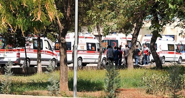 Şırnak'ta polis servisine bombalı saldırı: 5 yaralı