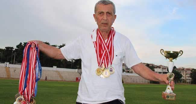 73 yaşında 36 madalyaya sahip