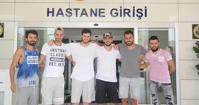 Adana Demirsporlu futbolcular sağlık kontrolünden geçti