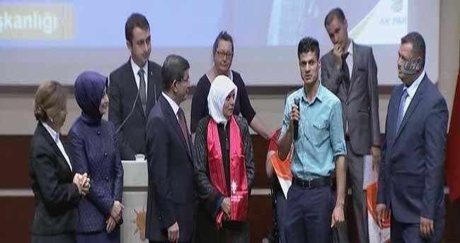 Başbakanın programında Kürt kökenli gencin sözleri damga vurdu