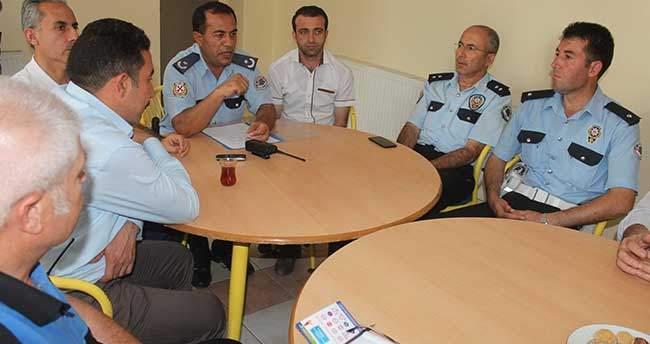 Beyşehir'de polisten mahalle huzur toplantısı