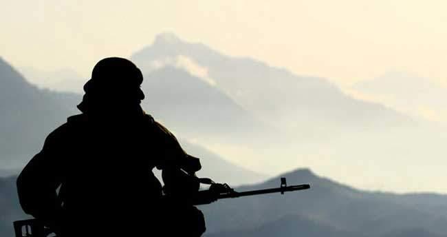 Diyarbakır'da askere bombalı saldırı: 1 şehit, 3 yaralı