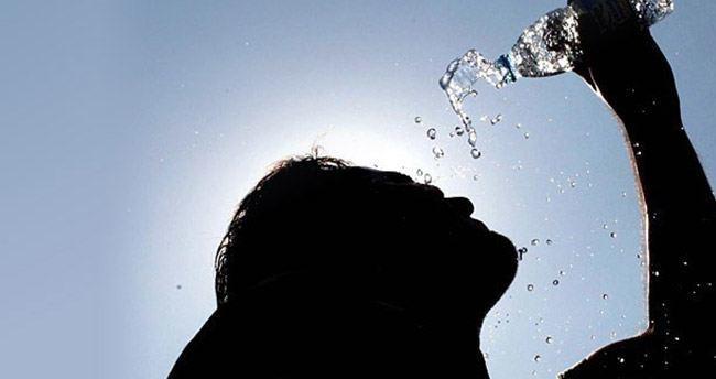 KKTC'de 'aşırı sıcaklarda' dışarıda çalışma yasağı