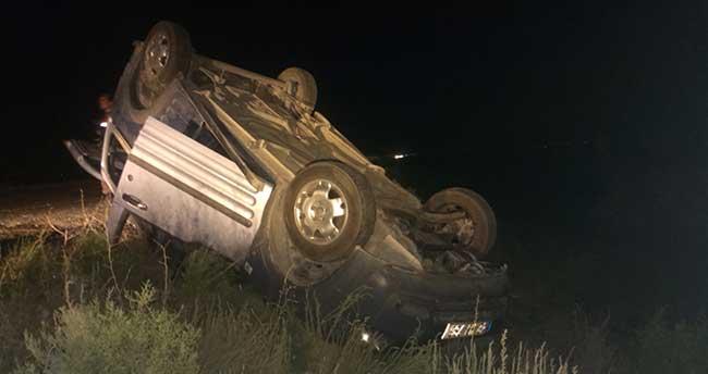 Konya'da kamyonet devrildi: 5 yaralı