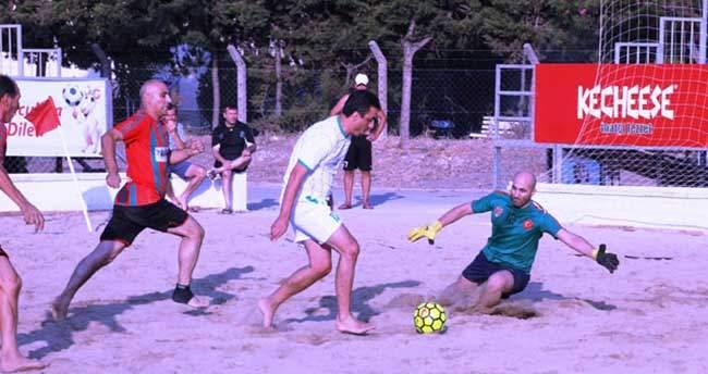 Masterler Plaj Futbolu Turnuvası'nda gözler finalde