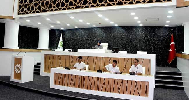 Meram Belediyesi Yeni Binasında İlk Meclis Toplantısını Yaptı