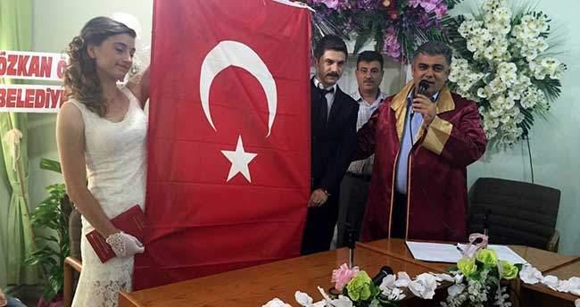 Nikahı Kıyılan Gaziden Türk Bayraklı Mesaj