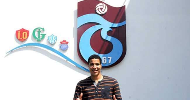 O kaleci resmen Trabzon'da!