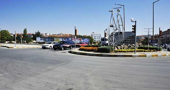 Karaman'da köprülü kavşak çalışmaları