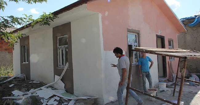 Seydişehir Kaymakamlığı'ndan ihtiyaç sahibi aileye ev yardımı yapıldı