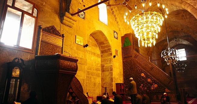 Ulu Cami'nin mihrabı ahşap olacak