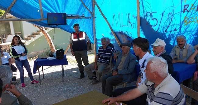 Aksaray'da traktör sürücülerine eğitim verildi