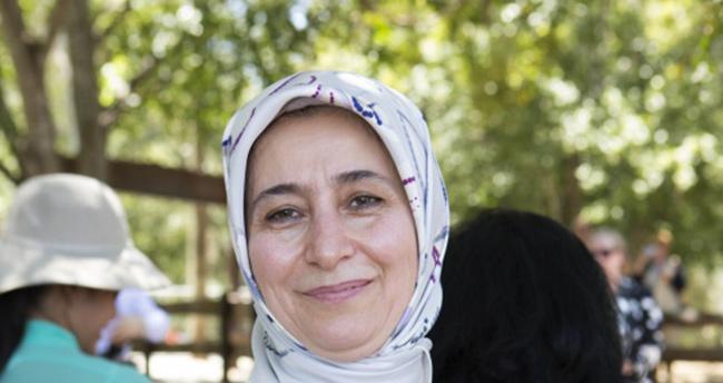 Sare Davutoğlu şehit astsubayın hamile eşinin doğumuna katıldı
