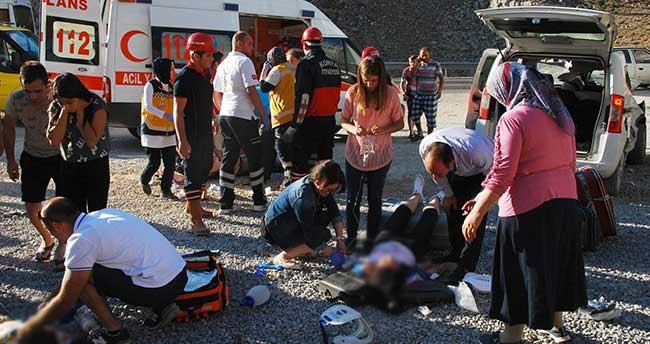 Akseki-Seydişehir Yolunda Feci Kaza: 2 ölü, 4 yaralı