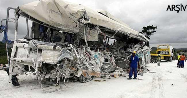 Brezilya'da otobüs uçuruma yuvarlandı: 15 ölü, 66 yaralı