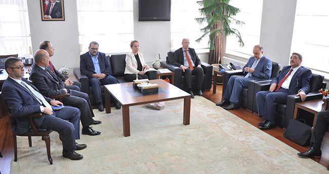 Hollanda Büyükelçiliği Ekonomi ve Ticaret Müsteşarı Kelderhuis, Konya'da