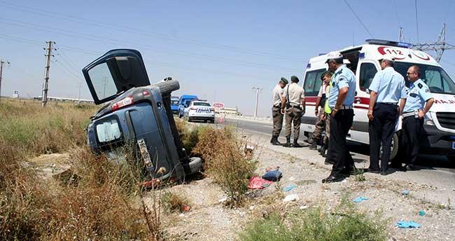 Konya'da kamyonet yoldan çıktı: 1'i ağır, 5 yaralı