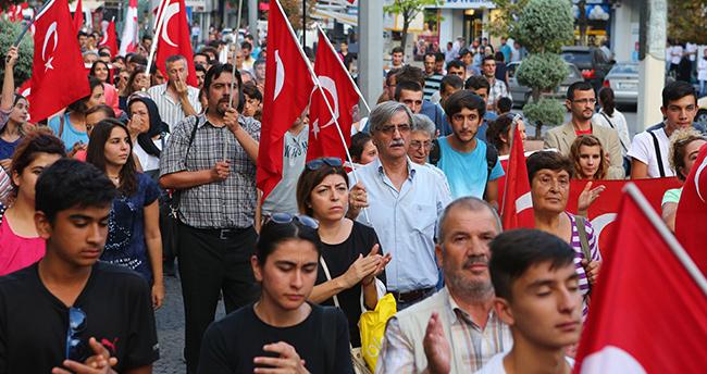 Konya'da Teröre Tepki Büyüyor