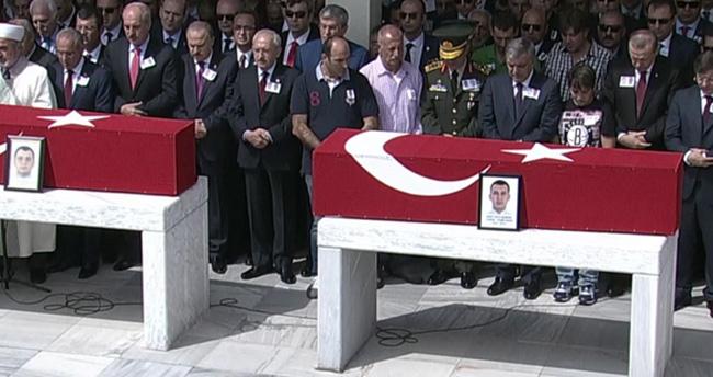 Şehitlere Ankara'da son görev