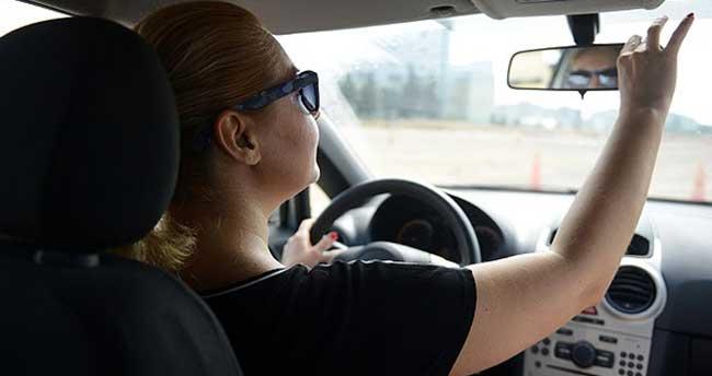 """""""Stajyer ehliyet"""" öncesi sürücü kurslarında yoğunluk"""