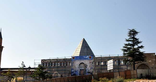 Alaaddin Camisi'nin restorasyonu 2016'da bitecek