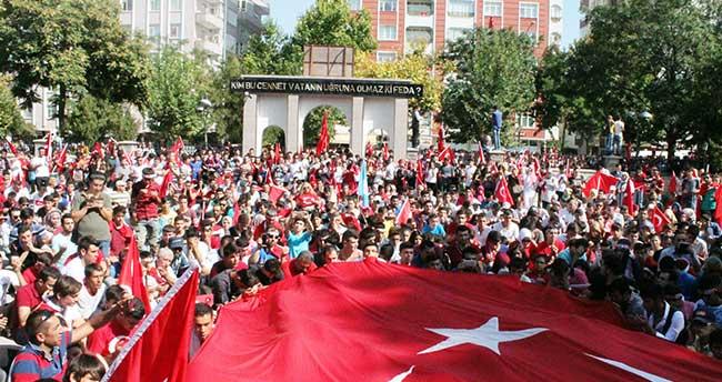 Konya'da teröre tepki yürüyüşü