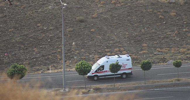 Şırnak'ta polise bombalı saldırı: 2 şehit, 5 yaralı