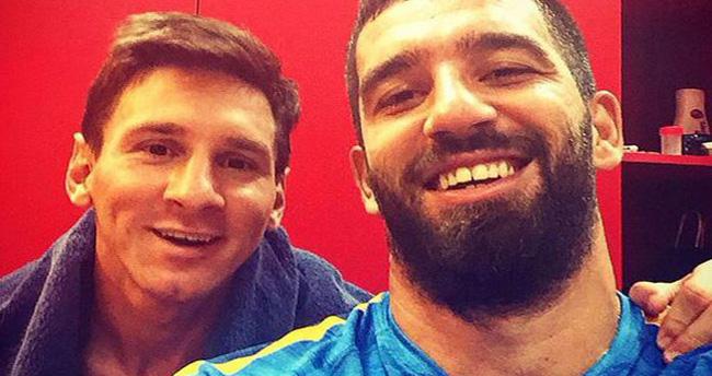 Arda'dan Messi'li selfie