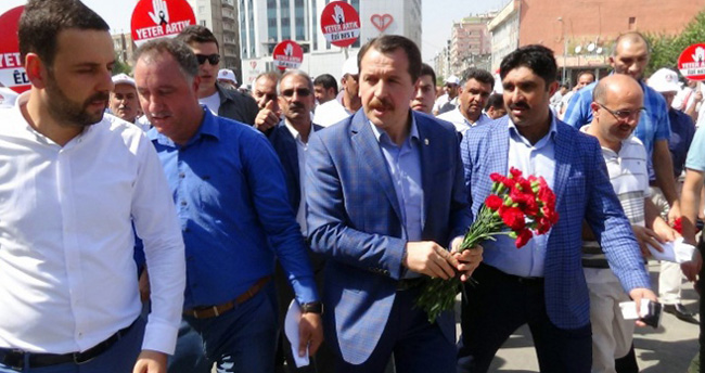 Diyarbakır'da 600 STK temsilcisi 'teröre hayır' dedi
