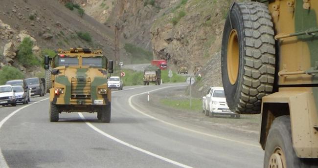 Muş-Suluca karayolu'ndaki patlamada 12 asker yaralandı