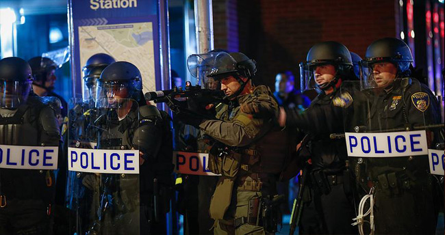 ABD'de siyahi çocuğa polis şiddeti